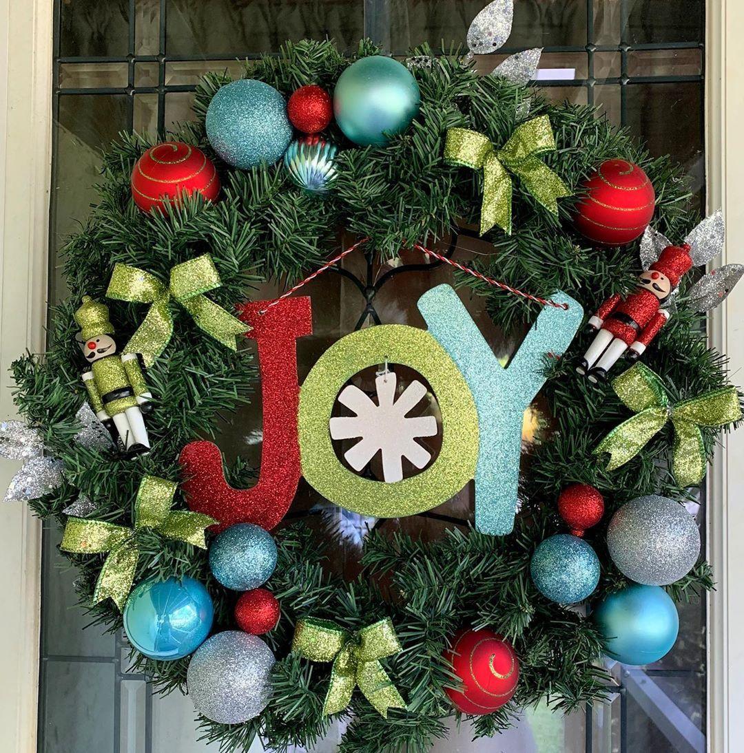 Christmas Joy Wreath Joy Christmaswreath Toysoldiers Christmas Christmastree Santasworkshop Wreath Hol Frame Wreath Wire Wreath Frame Christmas Wreaths