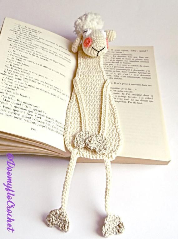 Textile crocheted Shy Sheep bookmark; Accessories for books; Farm animal; Funny sheep; kawaii bookmark; Sheep gift