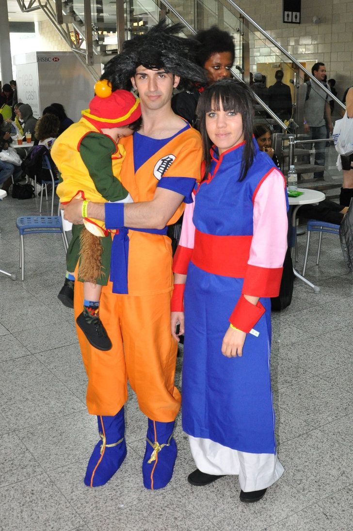 London Expo Dbz Family Cosplay By Rip Stick Racer On Deviantart Family Cosplay Cute Baby Halloween Costumes Dragon Ball Z Halloween Costumes