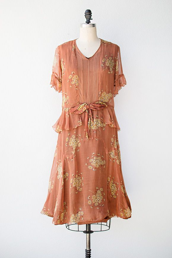 VINTAGE 1920s FLAPPER DAY DRESS: DROP WAIST, TISSUE COTTON LAWN ...
