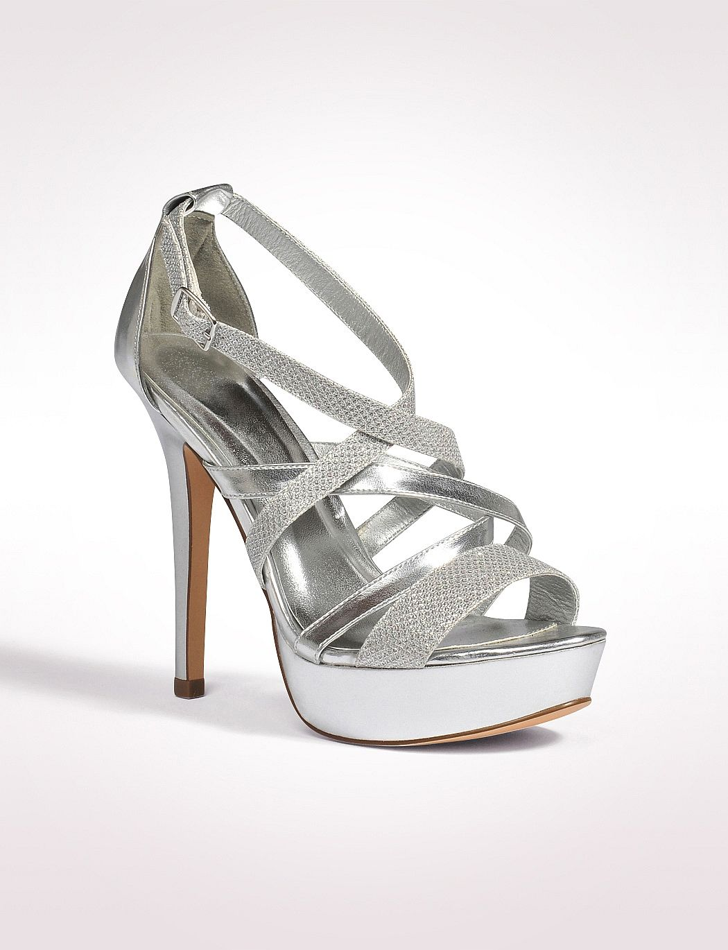 384880d2195 Love this silver shoe