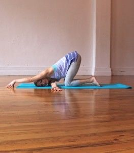 7 Posturas De Yoga Para Aliviar Los Problemas De La Cervical Y El Cuello Posturas De Yoga Ejercicios De Yoga Yoga Beneficios