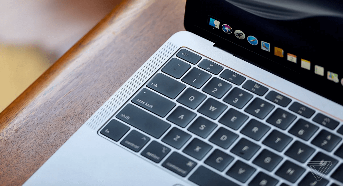 Apple Might Replace Butterfly Keyboard With Scissor Switch In Next Macbooks Models Macbook Keyboard Keyboard Macbook