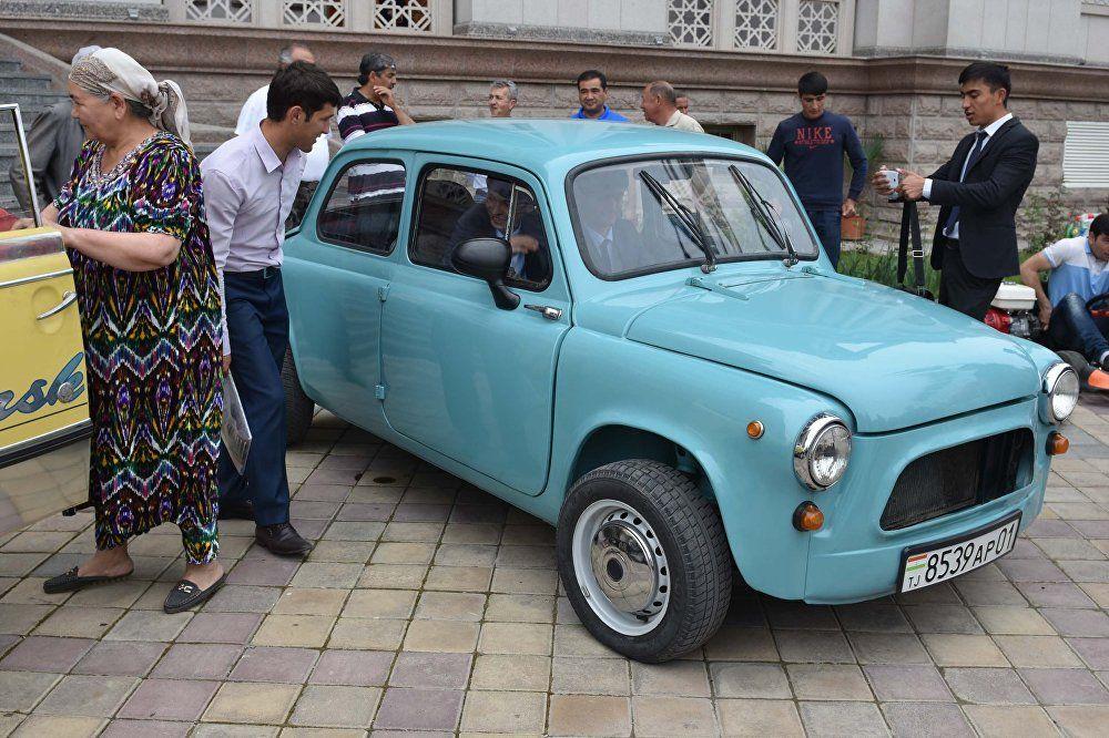 Пятая юбилейная республиканская выставка старинных и раритетных автомобилей в Душанбе-2017, ЗАЗ-965