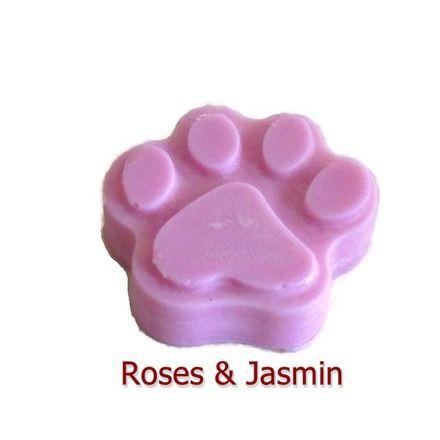 Un Fondant Parfumé à la Rose et Jasmin pour 15 h d'ambiance parfumée aux notes fleuries. Les Fondants Parfumés de Fleur-Artifice sont élaborés à la main par nos soins avec  - 19113604