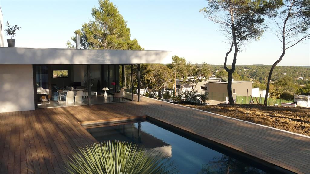 Terrasse avec piscine intégrée | Maison plein pied | Pinterest ...