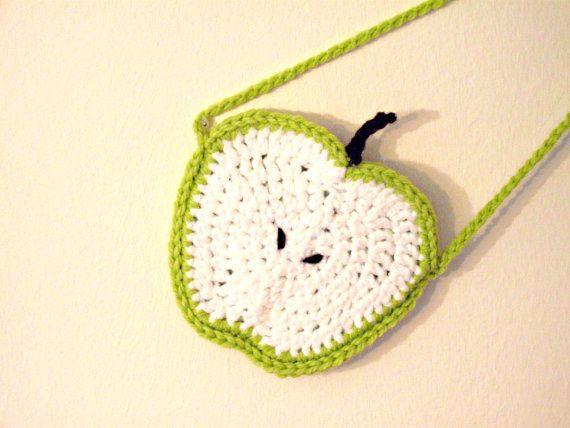 borsa mela verde uncinetto per bambini di IlmondodiTabitha su Etsy, €14.00