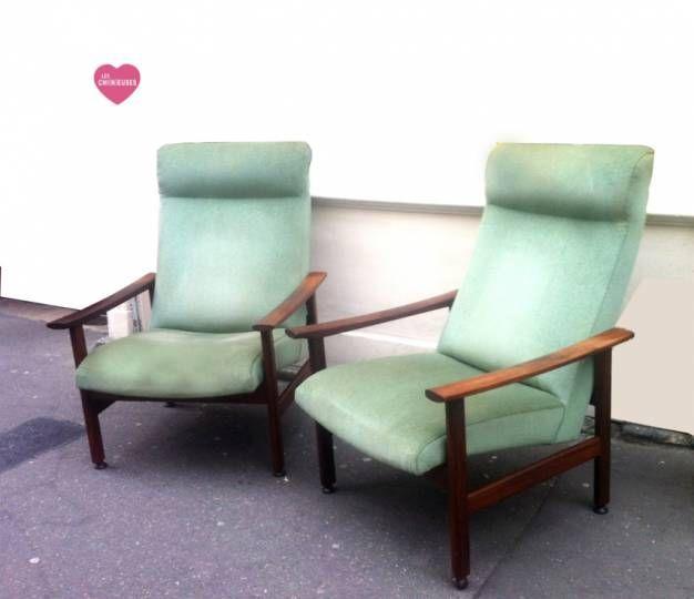 Fauteuils design scandinave 1960 Paire de fauteuils design scandinave structure bois et revêtement velours vert amande. Excellent état de l'assise et du tissu. Le prix est pour la paire indissociable.