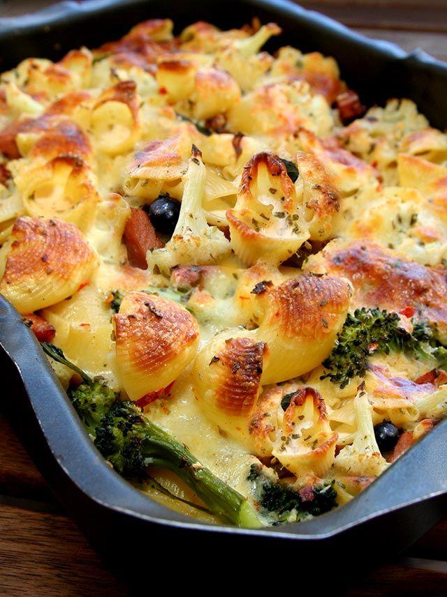Pastagratang Med Falukorv Och Broccoli Mat I 2019 Falukorv