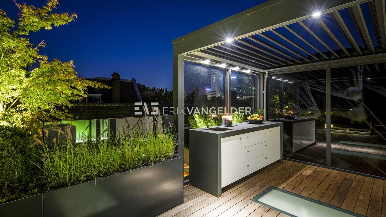 Maatwerk buitenkeuken op dakterras luxe terrasoverkapping op daktuin