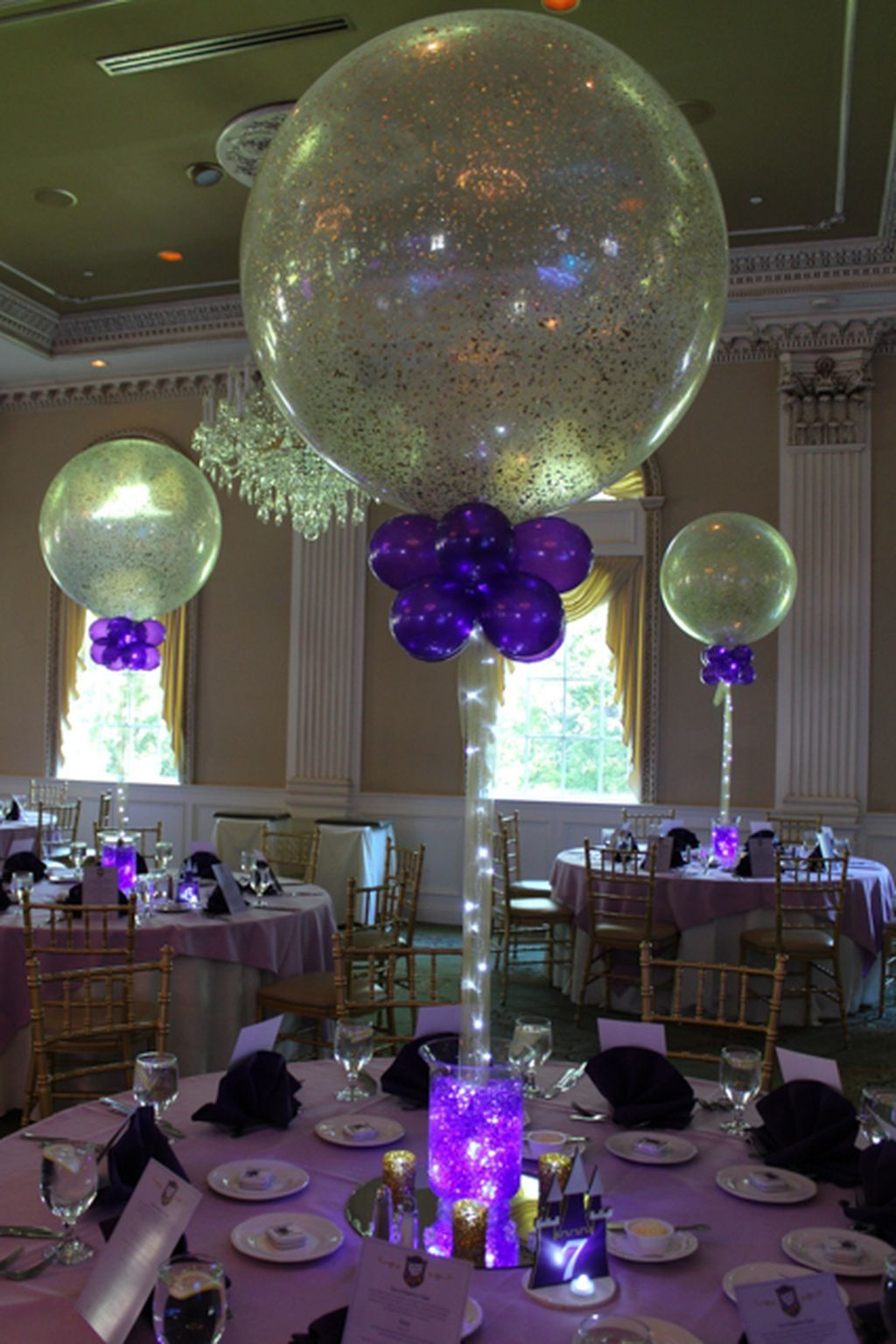 80 simple and beautiful balloon wedding centerpieces for Beautiful balloon decorations