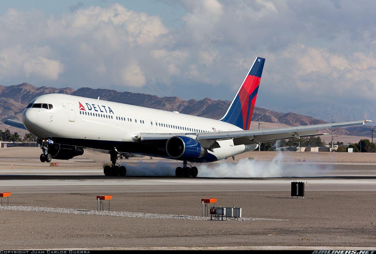 Delta Air Lines Boeing 767-332