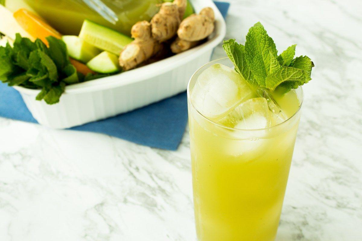 Juicin with melon liquid culture healthy cocktails