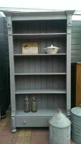 Brocante Boekenkast Servieskast Muisgrijs - Brocante vintage en ...