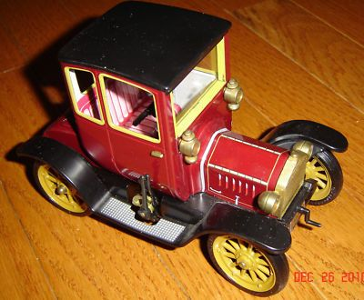 Beautiful Schuco Ford Coupe T 1917 1227 Wind Up Toy Car