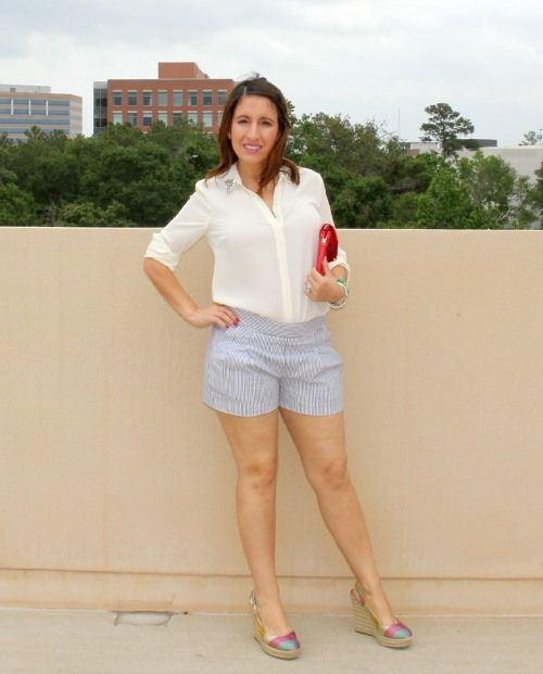 J.Crew seersucker shorts and forever 21 button up|Pretty In Her Pearls. http://www.prettyinherpearls.com