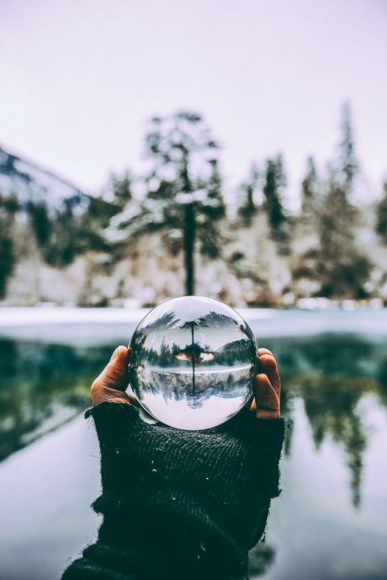 How to Take Crystal Ball Photography – 20 Crystal Ball Photography Tips and Ideas