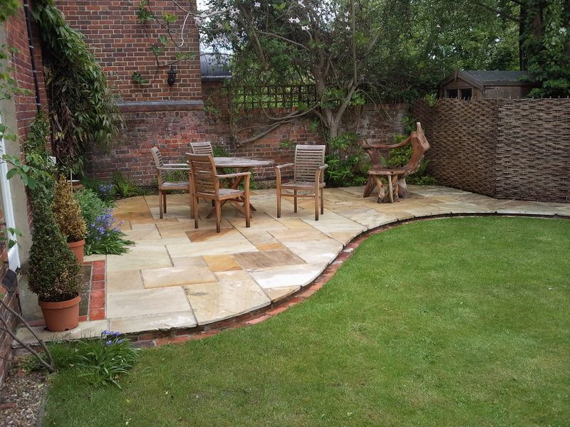 Curved patio | Patio, Curved patio, Outdoor spaces on Curved Patio Ideas id=91867
