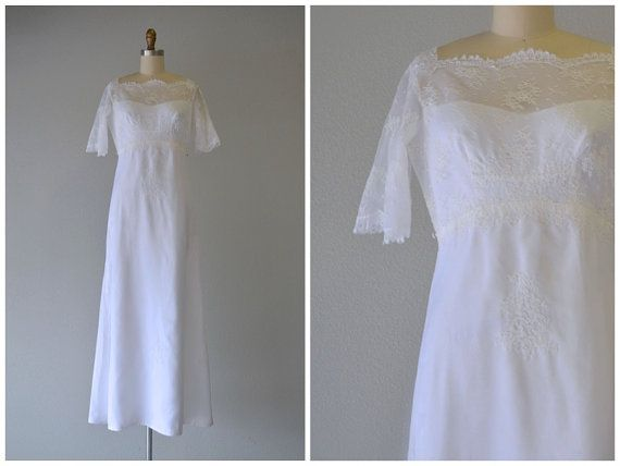 Vintage 1960's Maurer Wedding Gown just listed by @LedbellyVintage #vintage #weddings #bridal #weddinggown #bridalgown #weddingdress #bridaldress #1960sweddingdress #1960sweddinggown #vintagewedding #austinwedding #ledbellyvintage #gypsiesantiques #maurerweddinggown