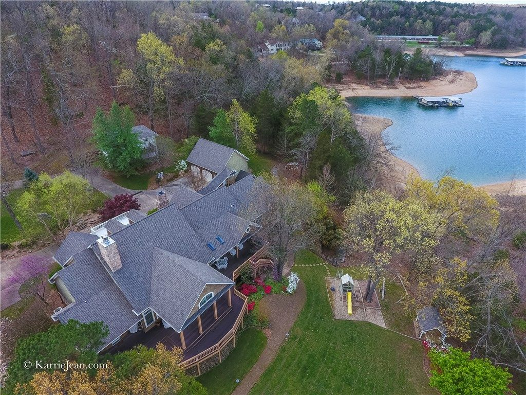 Breathtaking Views Of Beaver Lake From This Rogers Ar