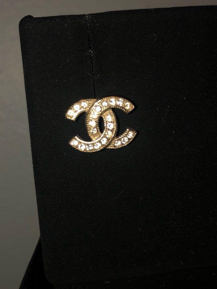 Single Vintage Classic Chanel Gold Translucent Strass Rhinestone Diamond Like Stud Earring 100 Authentic Sadl Chanel Earrings Chanel Earrings Classic Chanel