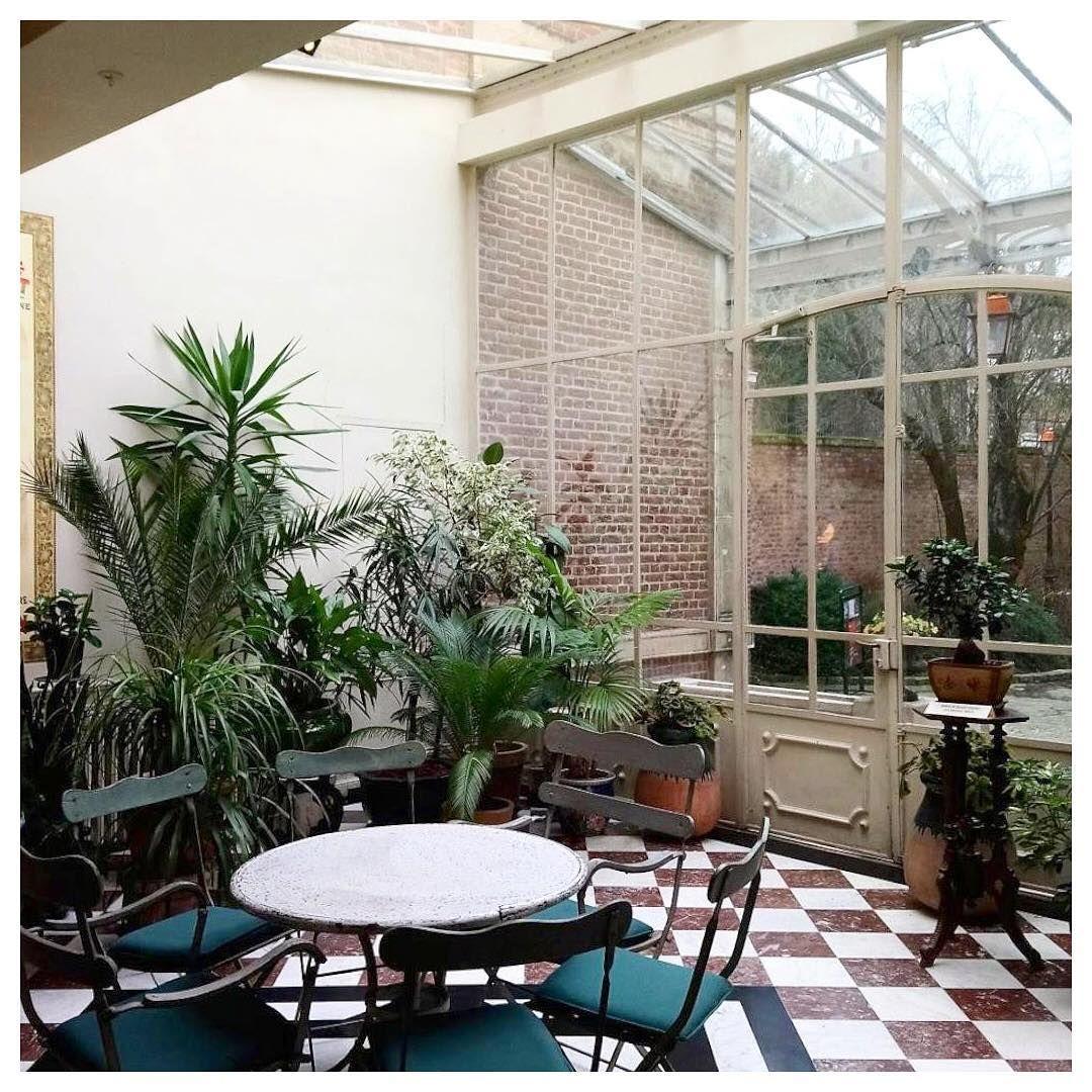 Les Petites Routes On Instagram Amiens Somme Dans Le Jardin D Hiver De La Maison De Jules Verne Devenue Musee Jardin D Hiver Decoration Exterieur Amiens
