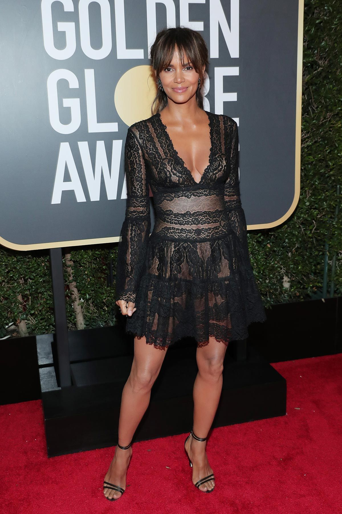 Watch The Best All-Black Outfits From The Golden Globes video