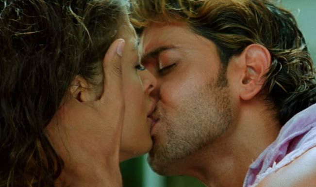 Main 10 Kissing Scenes In Bollywood More Than 100 Years Kissing