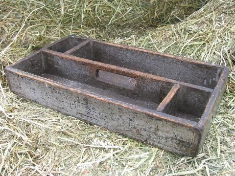 Rustic Old Wood Tool Tote Box Garden Carrier Vintage Farm