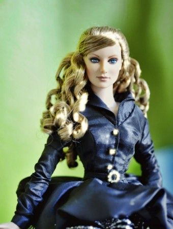 #dollchat Wilde Inspiration: Wilde Inspiration Daphne is a Far East exclusive from 2008. She was limited to 100.