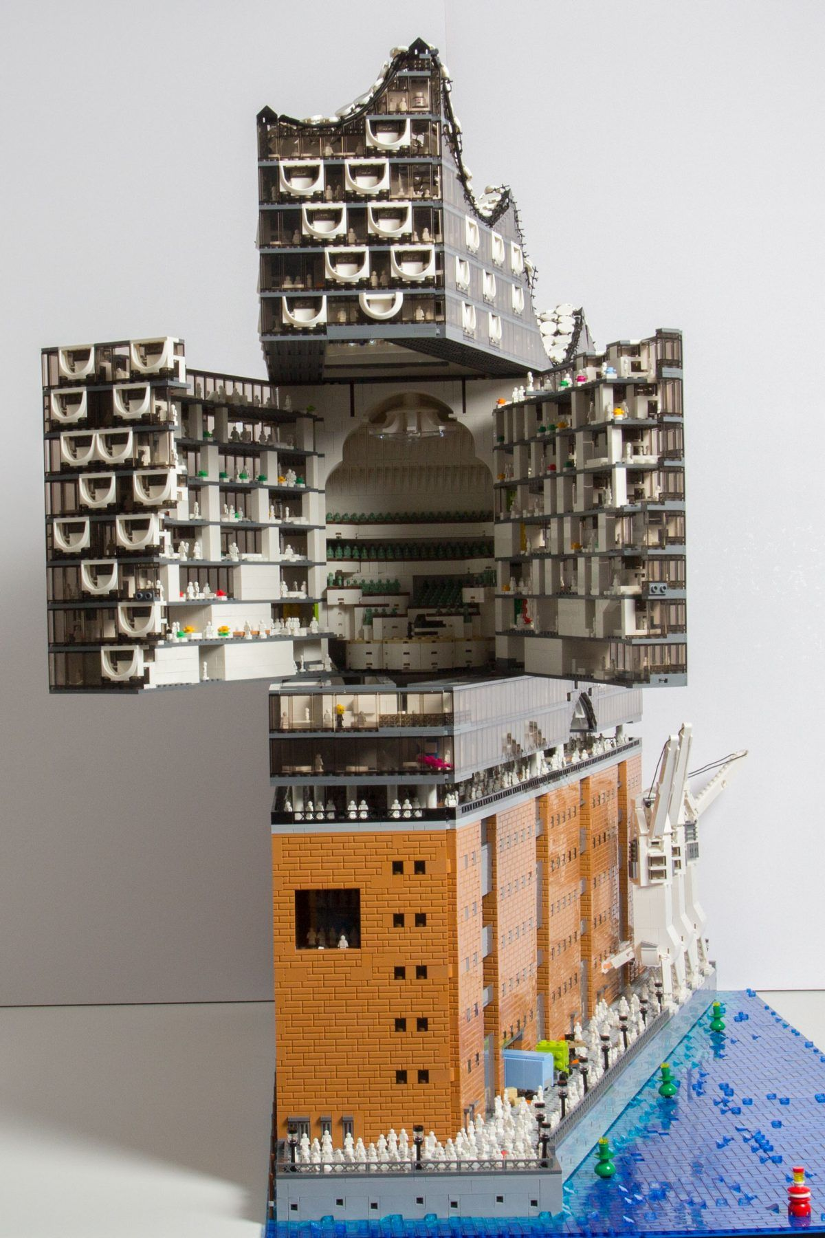 The New Hamburg Concert Hall Elbphilharmonie From Lego It Can Open Up In The Front To Reveal A Very Detailed View Lego Replica Lego Elbphilharmonie Hamburg