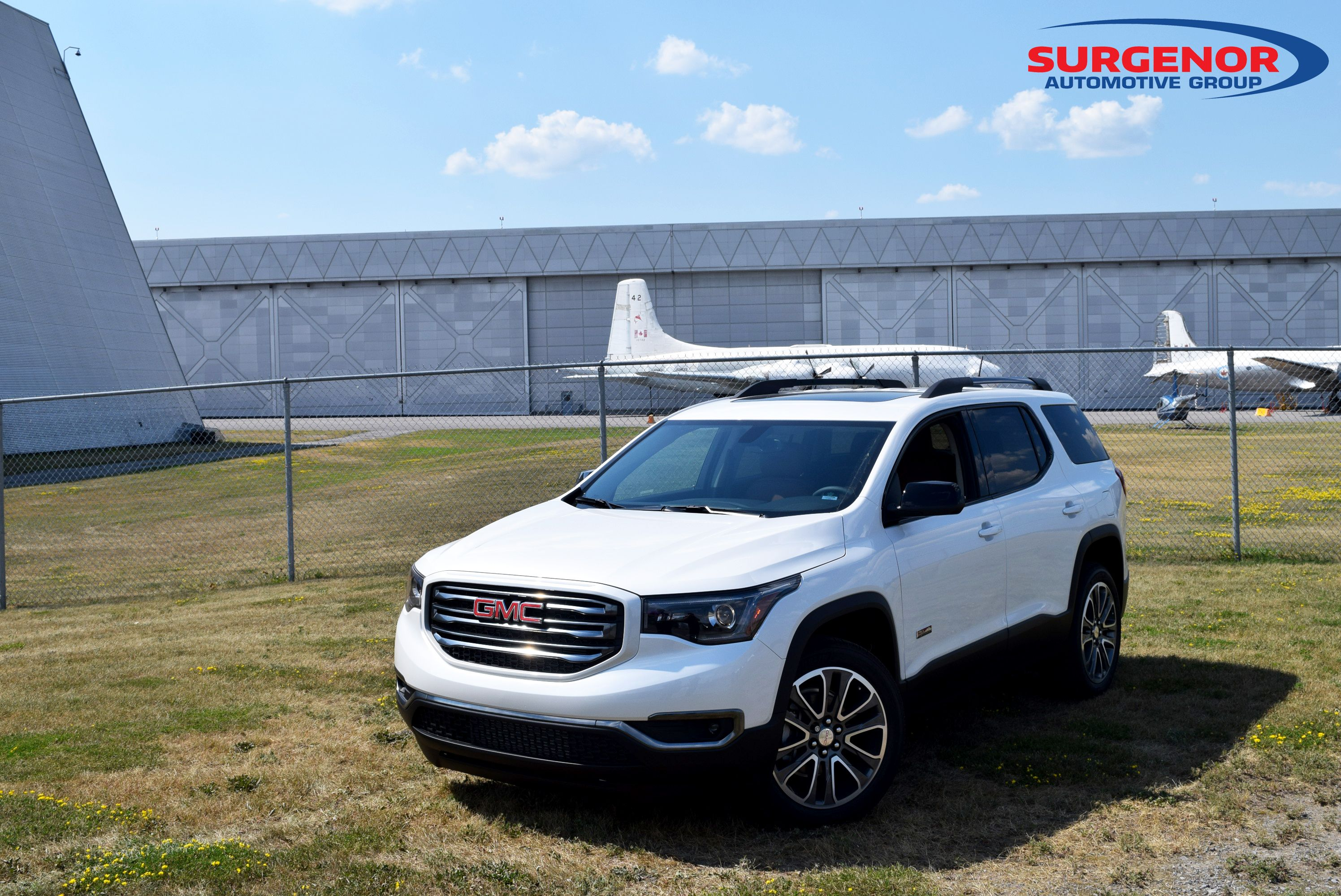 2017 Gmc Acadia Overview And Review Via Www Surgenorottawa Com Gmc Acadia 2017 Gmc Acadia
