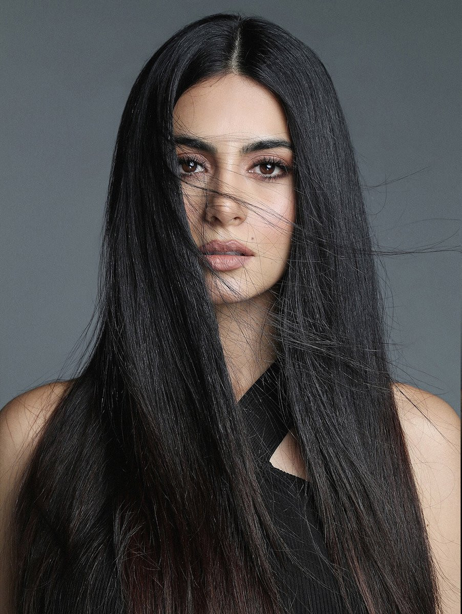 Emeraude Toubia Photo 460 Of 644 Pics Wallpaper Photo 1042462 Theplace2 Actresses With Black Hair Shadowhunters Shadow Hunters