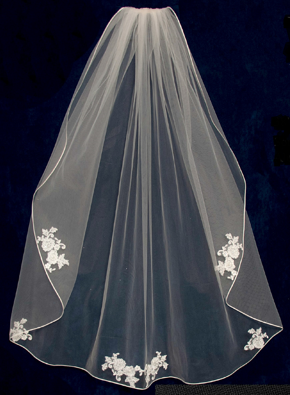 Custom Made Fingertip Wedding Veil With Beaded Alencon Lace Appliques V6380