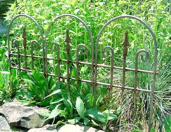 Short Garden Edging With Images Garden Edging Garden Hardscape