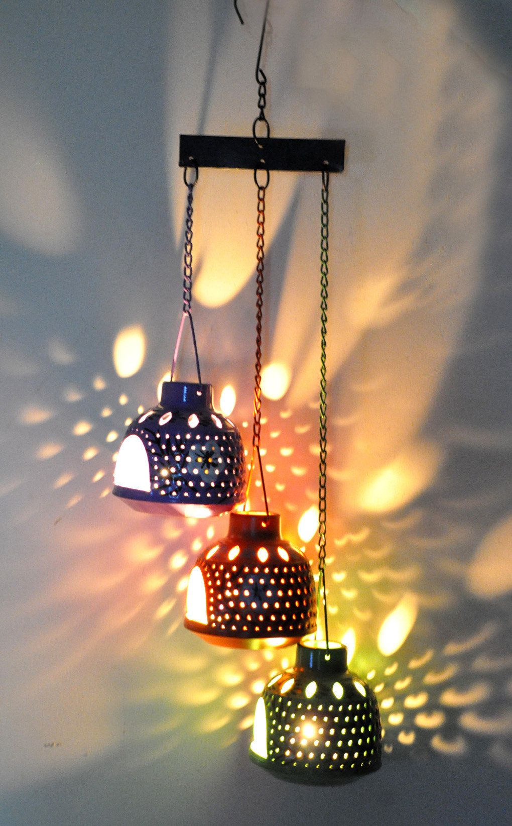 Home Decorative Moroccan Hanging Lantern Candle Holder Light Ceiling Pendant Lamp Valen Outdoor Candle Chandelier Hanging Candle Lanterns Hanging Candle Holder