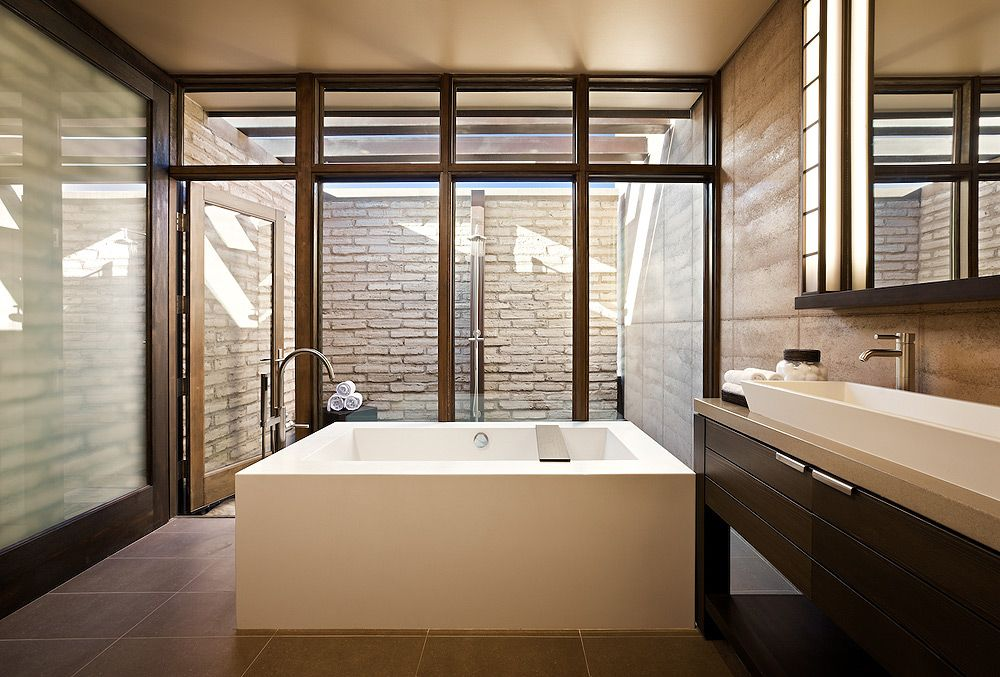 Bathroom With Shower In Private Exterior Court Sleek Bathroom Design Sleek Bathroom Contemporary Bathtubs