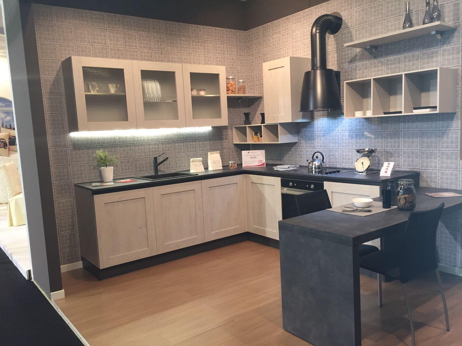 Cucina Moderna Bianca Mobilturi Cucine Lineare Luna In Offerta Nel