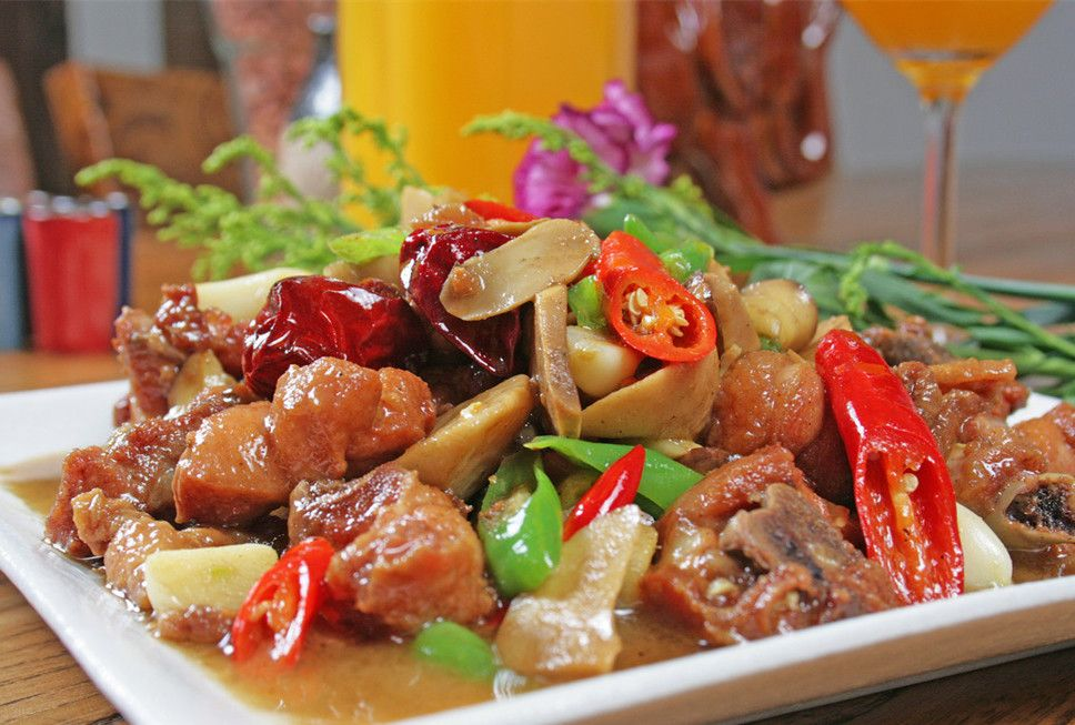 Enjoy The Hot Spicy Food In China Easy Tour China Spicy Recipes Food Hot Spicy