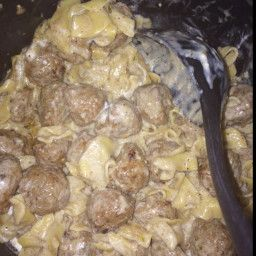 Put pasta in first ,then meatballs. Add all the spices to the Beef stock. - Swedish Meatballs In Your Pressure Cooker