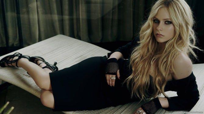Foto Da Cantora Avril Lavigne 2017 1600 900 Avril Lavigne