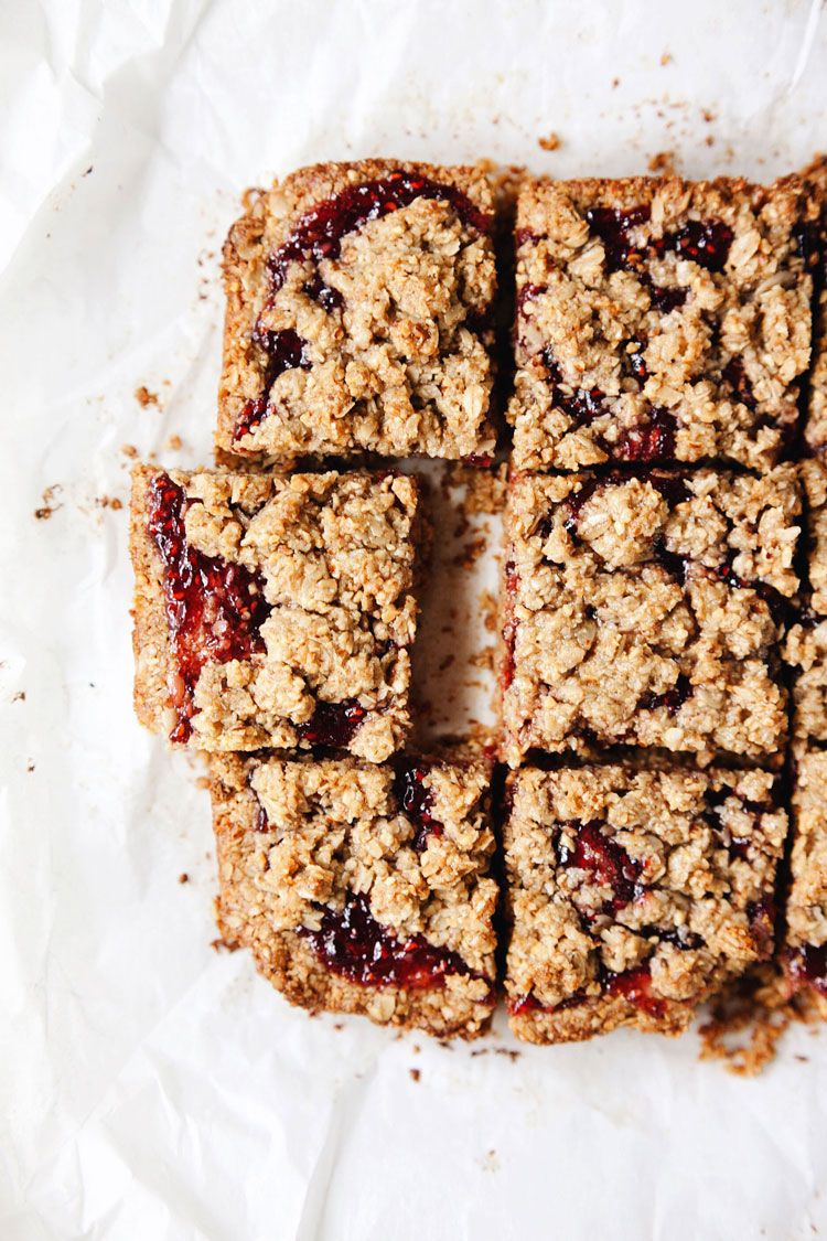 6 Ingredient Healthy Raspberry Oatmeal Bars A Simple Palate Recipe Raspberry Oatmeal Raspberry Oatmeal Bars Oatmeal Bars