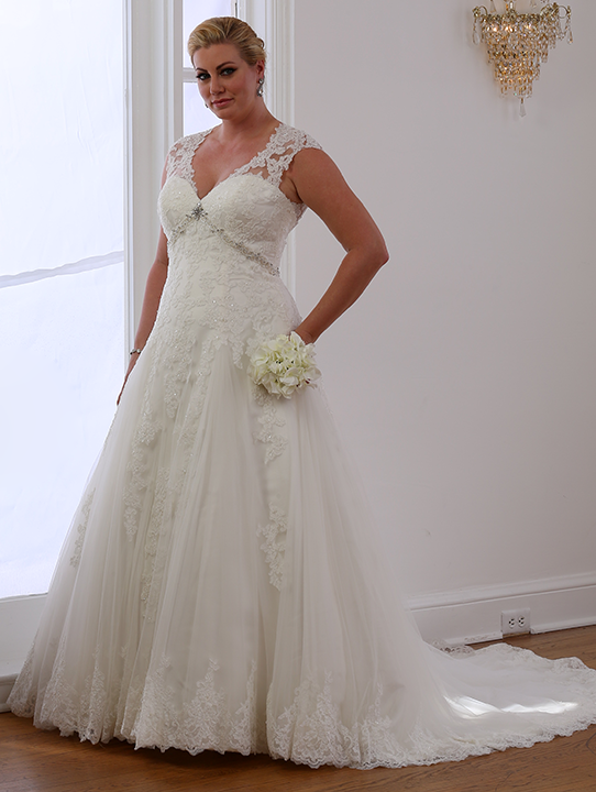 Dress Style VW8700 From The Venus Woman Collection By Bridal