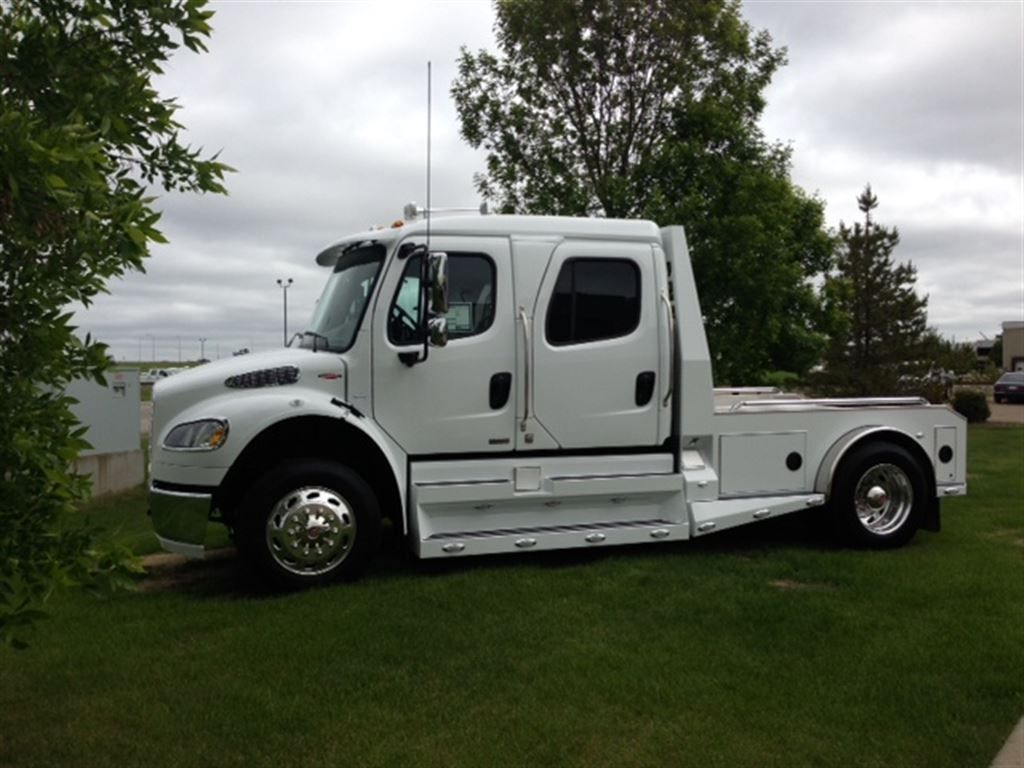 sport chassis new 2012 freightliner sport chassis rha114 350 for sale edmonton ab sport. Black Bedroom Furniture Sets. Home Design Ideas