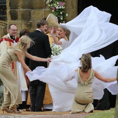 Wedding Day Disasters No Bride Can Prepare For Wedding Fail Bride Wedding