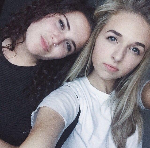 Alyx & Jenn