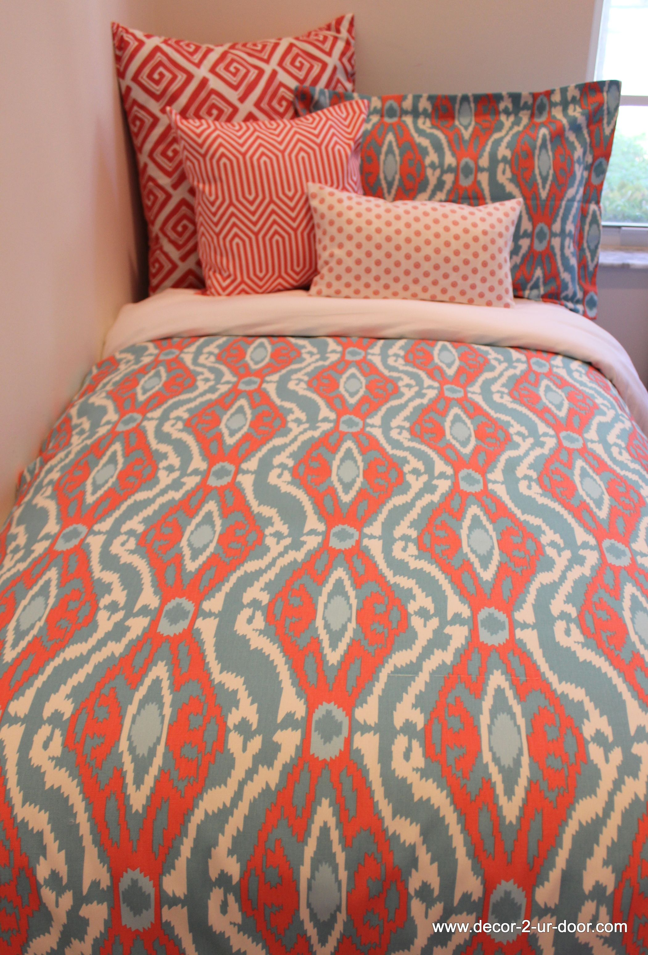 Design Your Own Dorm Room: Design Your Own Coral Duvet! BEAUTIMUS! Love This Pattern