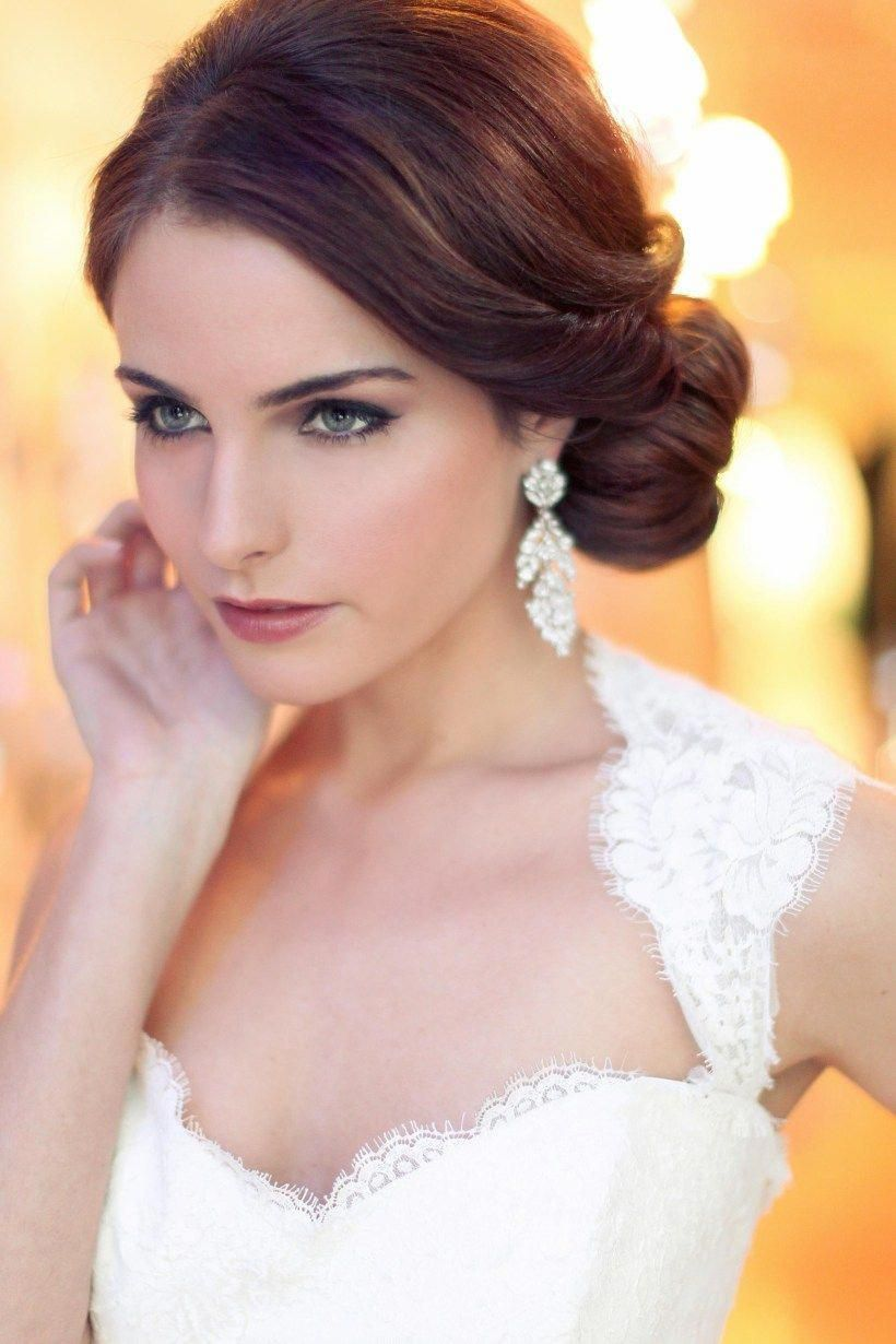 wedding hairstyle with flowers with medium length hair