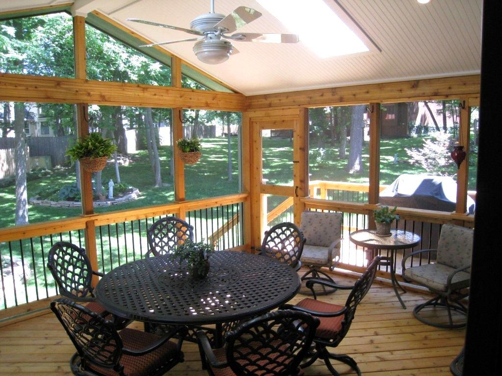 Cheap screened in porch ideas modern home design with for Patio decorating photos