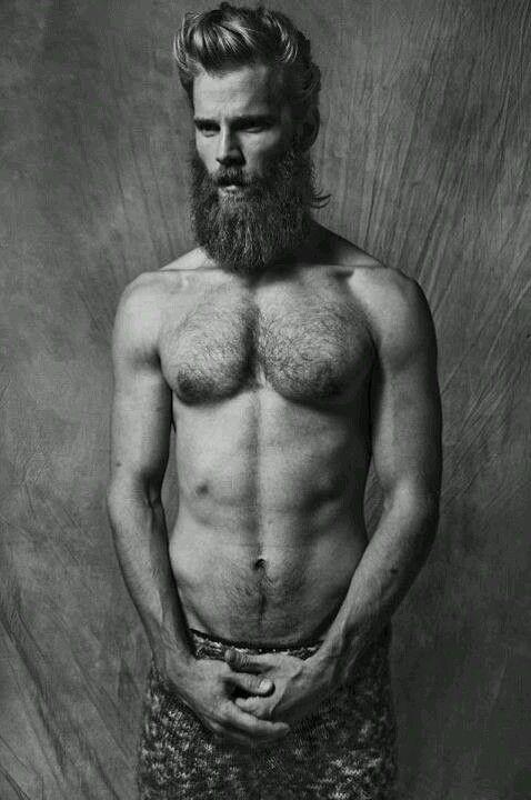 Homme Barbu Nu barbe et torse nu.   homme :: hair & beard ::   pinterest   bearded